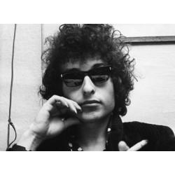 Πέντε τραγούδια που μιλούν για τα γυαλιά ηλίου