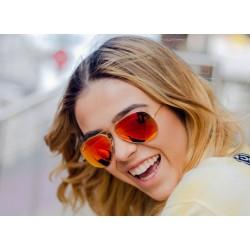Ό,τι θέλετε να μάθετε για τις τάσεις στα γυαλιά ηλίου αυτή την άνοιξη!