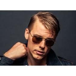 Τι λένε για σένα τα γυαλιά ηλίου σου;